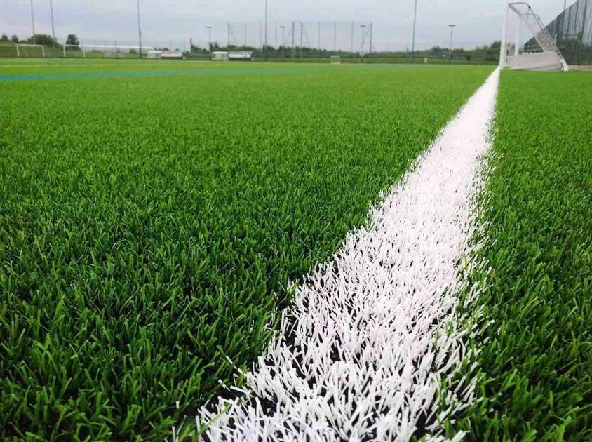 زمین استاندارد فوتبال