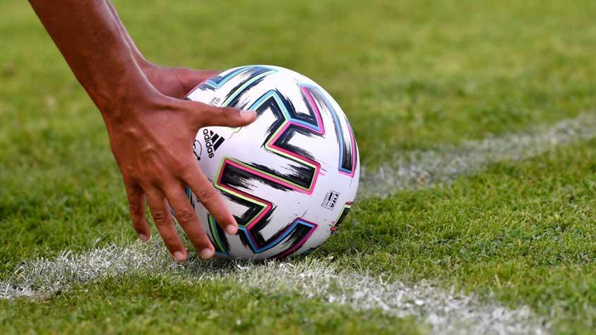 قوانین فوتبال
